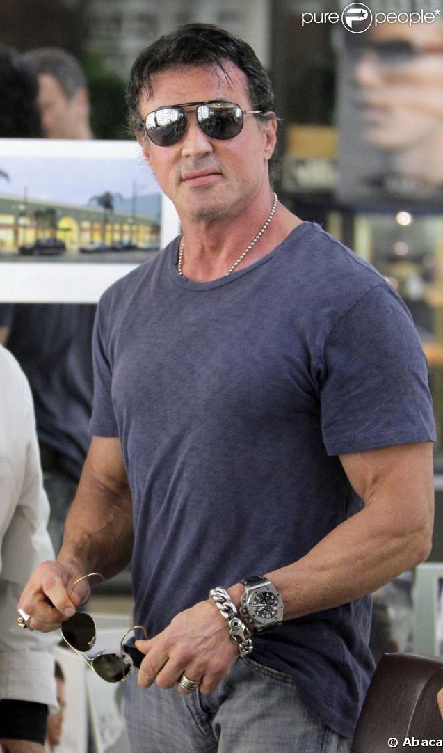 PHOTOS - Sylvester Stallone est plus connu pour ses muscles que pour ses grands…