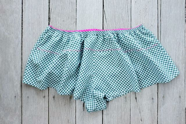 The Jane Knickers_greencheck - a pdf sewing pattern by Measure Twice Cut Once