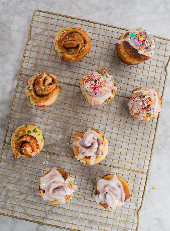 party cinnamon buns / oh joy