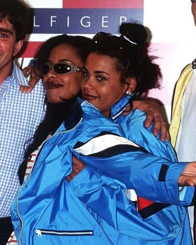Aaliyah & Kidada Jones❣ Best Friends Fun Fact: They were planning to do a clothing line together before Aaliyah's death.