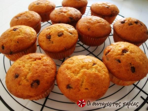Muffins με μπανάνα και σοκολάτα