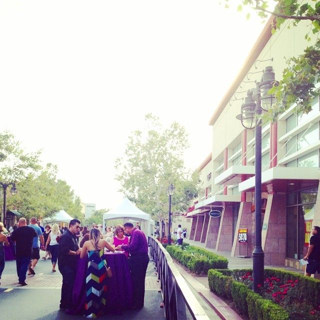 Victoria Gardens Mall en Rancho Cucamonga, CA