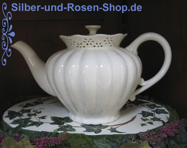 1000 images about creamware porzellan modern und antik on pinterest english autumn tea and. Black Bedroom Furniture Sets. Home Design Ideas