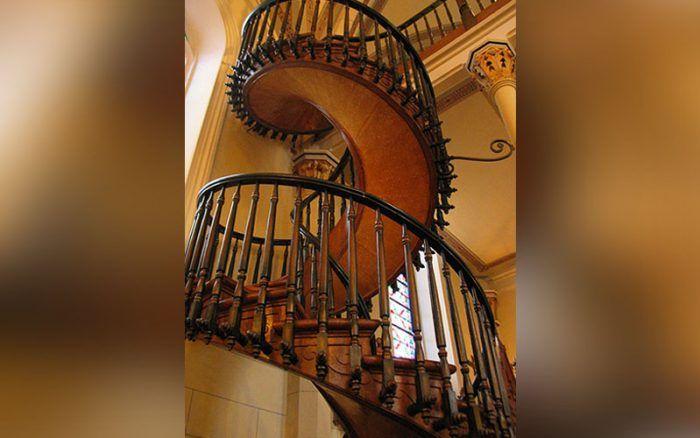 La increíble historia de la Escalera de San José