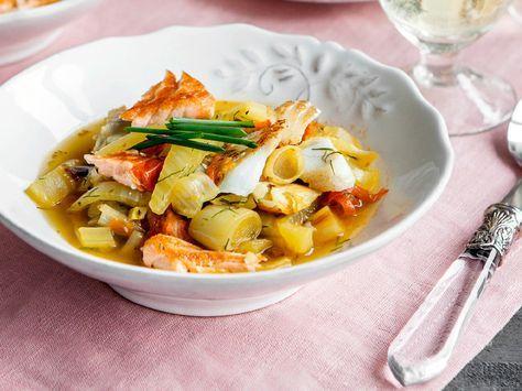 Schmeckt köstlich und versorgt die Haut mit wertvollen Omega-3-Fettsäuren: Conny Eyssens Fisch-Eintopf mit Fenchel und Tomaten
