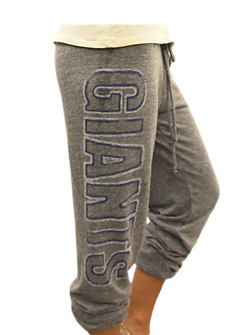 Here are your game day sweatpants, NY Giants fans!! $42 and cute from www.junkfoodclothing.com    Buy them here: http://www.junkfoodclothing.com/webapp/wcs/stores/servlet/Product1_10052_10051_-1_22140_20558_20572