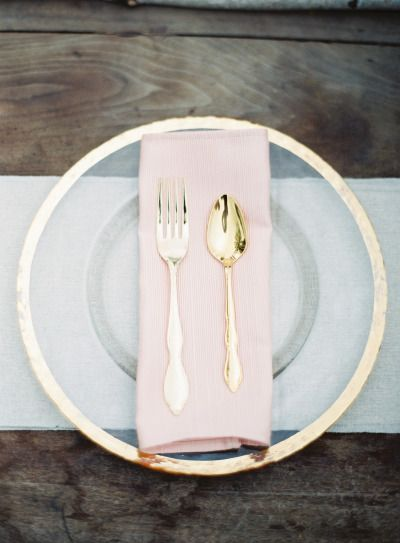 Gold and blush table decor: http://www.stylemepretty.com/2015/01/07/whimsical-blush-and-gold-alfresco-wedding/ | Photography: Michael & Carina - http://www.michaelandcarina.com/