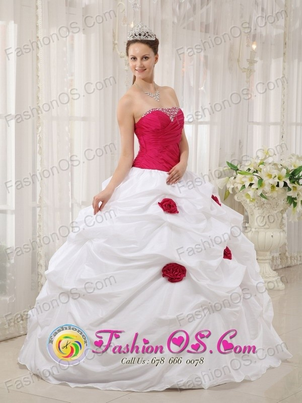 http://www.fashionor.com/Quinceanera-Dresses-For-Spring-2013-c-27.html  2016 2018 Printed Quinces dresses Store on Epiphany   2016 2018 Printed Quinces dresses Store on Epiphany   2016 2018 Printed Quinces dresses Store on Epiphany