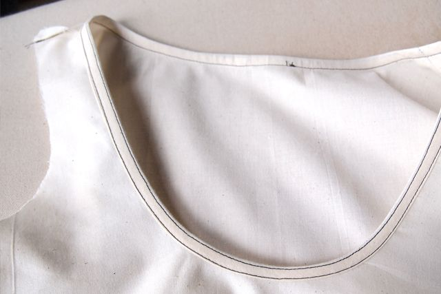 How to create bias binding facings that lay flat. My favorite finish for summer blouses and dresses!