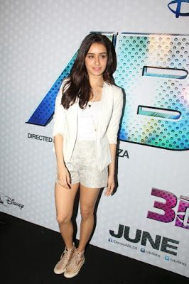 High Quality Bollywood Celebrity Pictures: Shraddha Kapoor Display Her Toned Sexy Legs At Film 'ABCD 2′ Trailer Launch In Mumbai