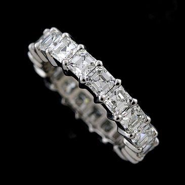 ooooo!!! yes please - diamonds and platinum, my favourite!!!