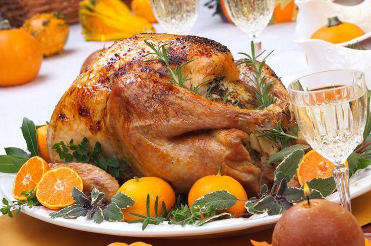 Untuk membuat panganan Kalkun semakin lezat, umumnya masyarakat Amerika selalu mencampurkan macaroni dan keju yang dilumatkan  Daging Kalkun untuk Thankgiving yang lezat adalah daging yang disajikan dengan cara dipanggang di bara api