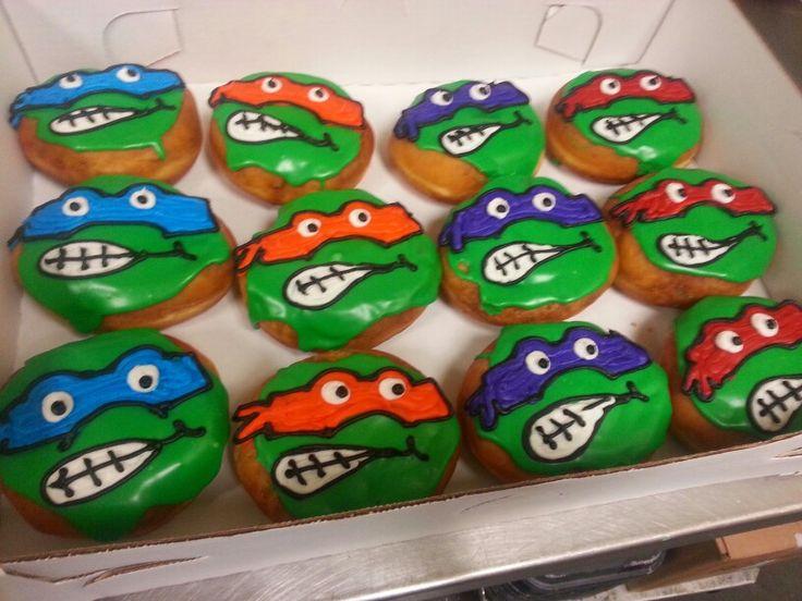 Cake Decorating Ninja Turtles