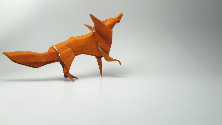 "Fox de Stephen Weiss. Modelo publicado no livro ""Origami Zoo – Robert J. Lang & Stephen Weiss"""