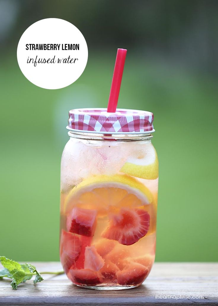 Strawberry lemon infused water on iheartnaptime.com + an easy recipe for making a variety of delicious fruit infused waters!
