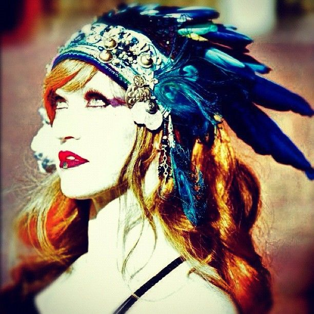 Photo/headdress by vauntville. Macaw feathers were purchased from a local bird rescue.