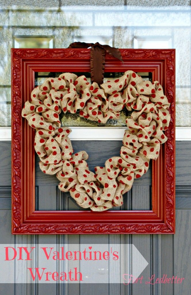 Valentine's Wreath by Fort Ledbetter ~ shared on Brag About It Link Party Monday's at Midnight on VMG206. #wreath #valentinewreat