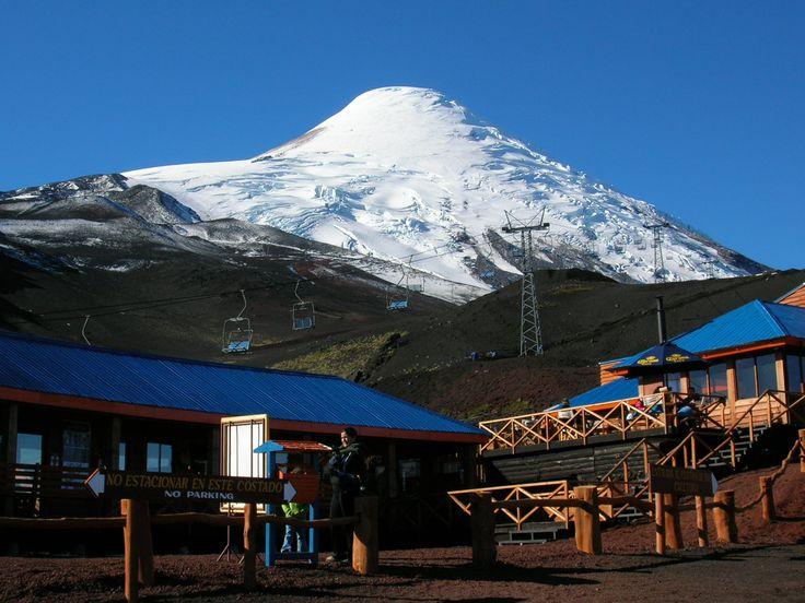 Ski und Bergsportzentrum der Vulkan Osorna bei Puerto Varas, ob Sommer oder Winter immer ein lohnenden Reiseziel.   #Reise #Chile #Puerto Varas #Osorno #Reise #Südamerika Reisen    Centro de ski y montaña Volcán Osorno, Puerto Varas