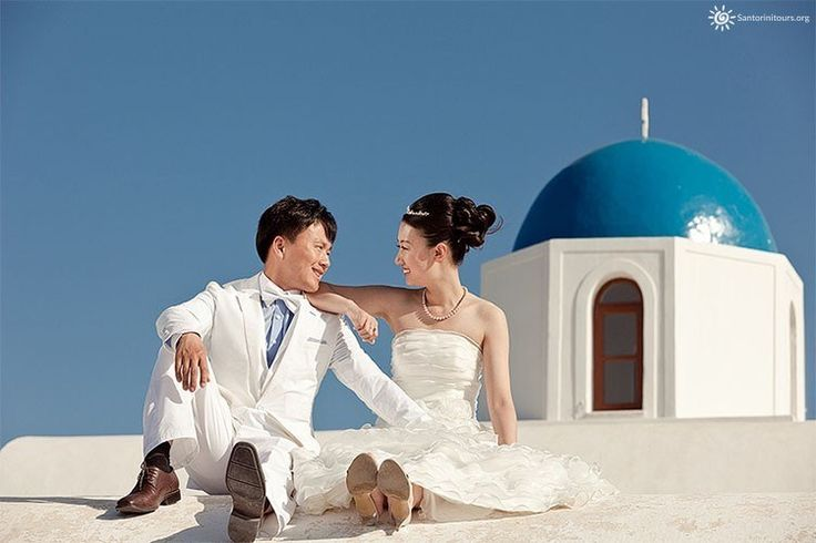 Organize the perfect wedding in Santorini