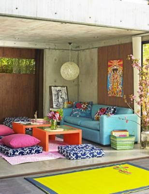 outdoor nookIdeas, Living Rooms, Outdoor Rooms, Colorful Rooms, Colors Room, Floors Cushions, Floors Pillows, Outdoor Spaces, Bright Colors