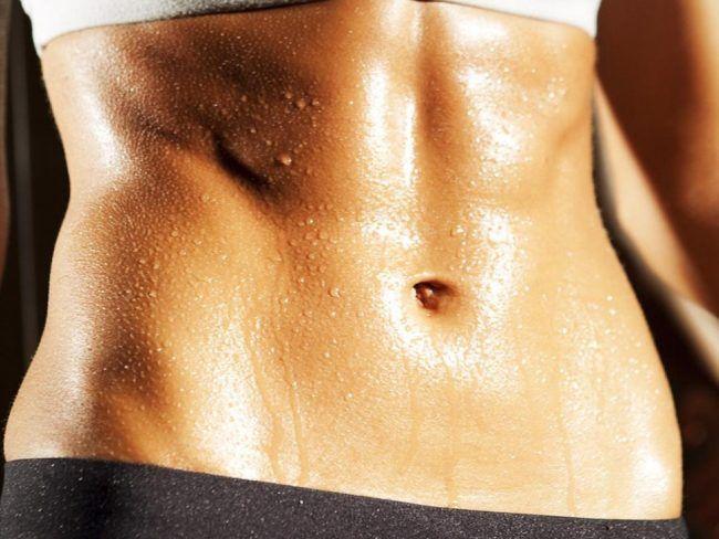 Θέλετε να χάσετε 3 με 4 κιλά, να γίνει η κοιλιά σας πιο επίπεδη, να μπορέσετε να χωρέσετε στο παλιό – αγαπημένο σας παντελόνι; Κι όμως υπάρχει τρόπος!  Ναι, το παραδεχόμαστε! Αν και πολλές από εμάς