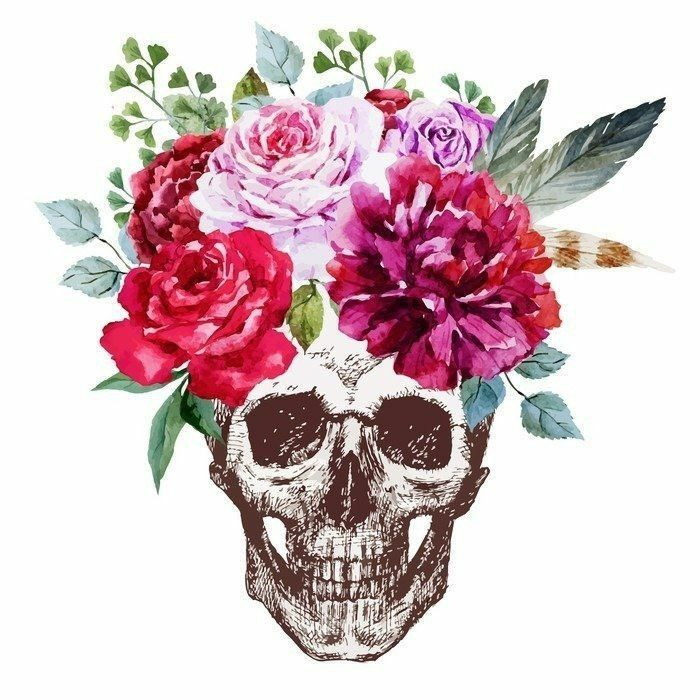 Image by Shutterstock Human Skulls With Roses Flower Women/'s Tee