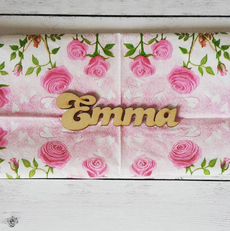 Ya empezamos con los #dyi para decorar la habitación de Lorenzo y Emma. Con #decoupage pienso decorar el frente de las cajoneras, una para Emma y otra para Lorenzo. En 👉mystories les muestro el antes y el después 😊