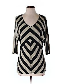 White House Black Market 3/4 Sleeve Top - 69% off only on thredUP
