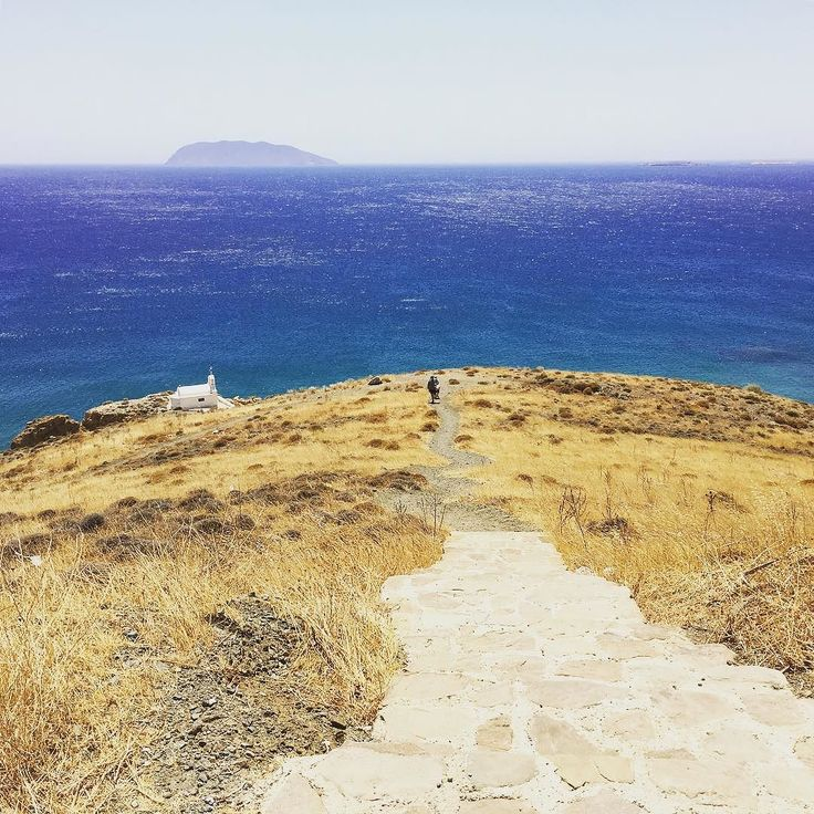 #church #agioianargyroi #anafi #island #coloursoftheday #cyclades #beautifuldestinations #greece #greekislands #greeksummer #greecestagram #instatravel #instatravelling #summer