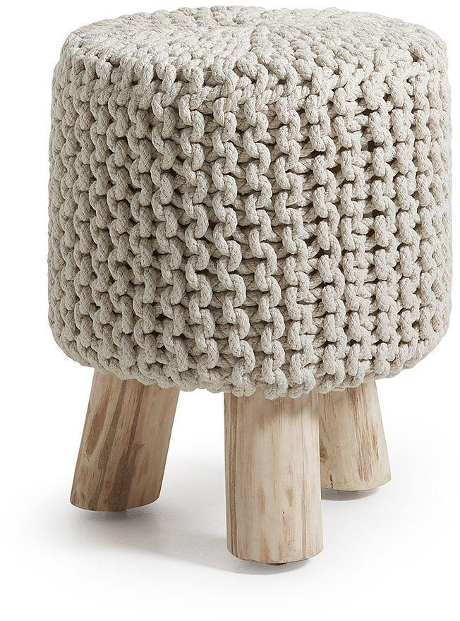 Deze hippe kruk is een must have voor iedere woning. Een extra zitplaats in een modern en knus jasje. De kruk is 60 cm hoog en 30 cm breed en is verkrijgbaar in de kleur bruin en wit. Kijk ook eens bij suggesties voor andere modellen! Dit product is ook bekend onder de naam 'Slide kruk wit - LaForma'.