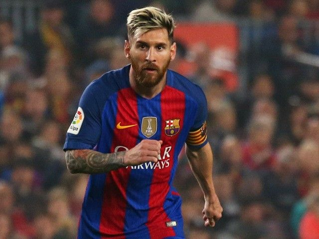 Barcelona president Josep Maria Bartomeu confirms Lionel Messi contract talks #Manchester_City #Barcelona #Football