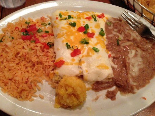 Mexican Chain Restaurant Recipes: Chicken and Sour Cream Enchiladas