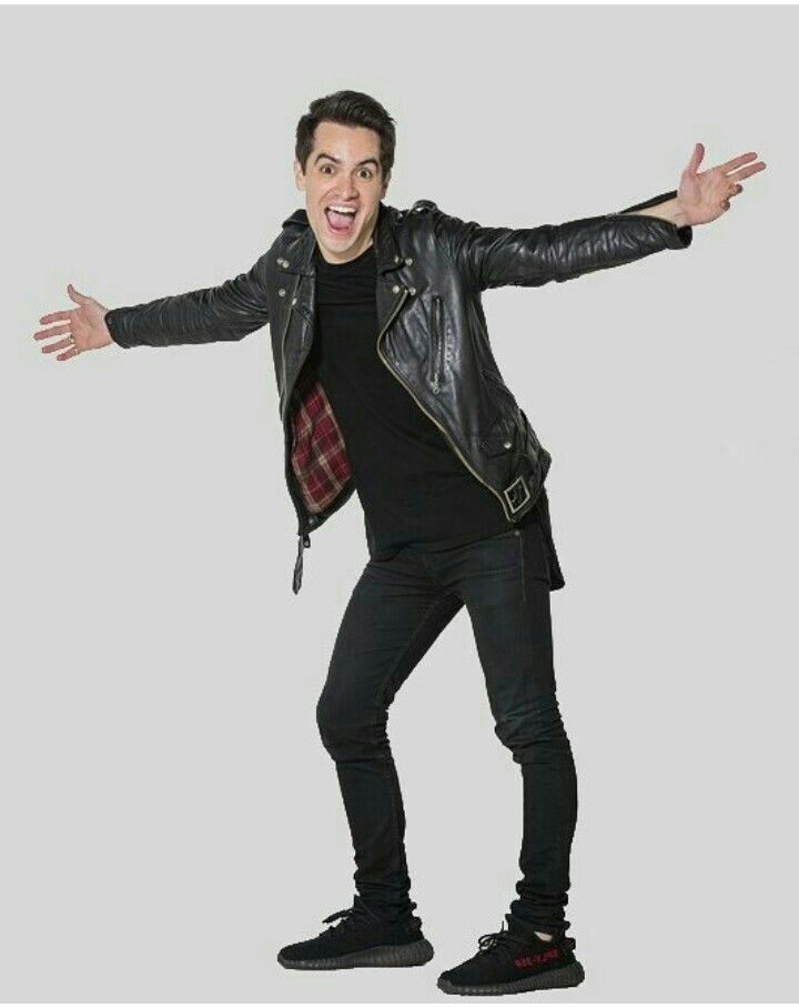 He Looks So Short In 2019 Brendon Urie Emo Bands Music