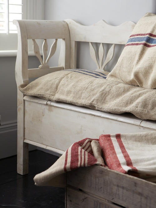 grainsack cushions for bench