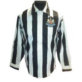 Newcastle United 1932 FA Cup Final Retro Newcastle United 1932 FA Cup Final Retro Football Shirt. http://www.MightGet.com/may-2017-1/newcastle-united-1932-fa-cup-final-retro.asp