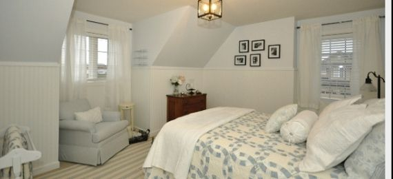 cape cod decorating ideas | Remodelaholic | Absolutely Stunning--Cape Cod Room Styling