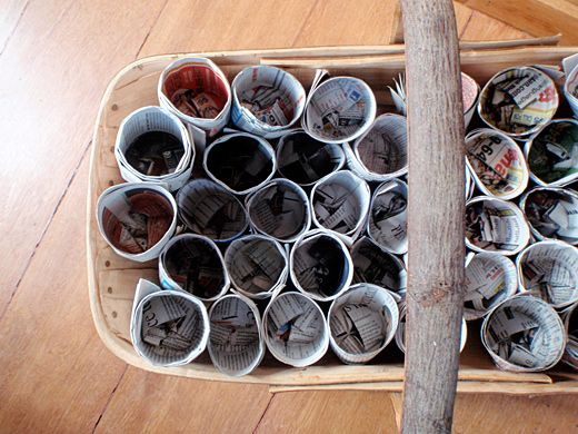 Make recycled newspaper pots for seed starting
