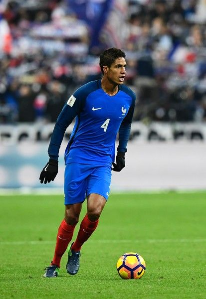 France's defender Raphael Varane controls the ball during the 2018 World Cup group A qualifying football match between France and Sweden at the Stade de France in Saint-Denis, north of Paris, on November 11, 2016. / AFP / MIGUEL MEDINA