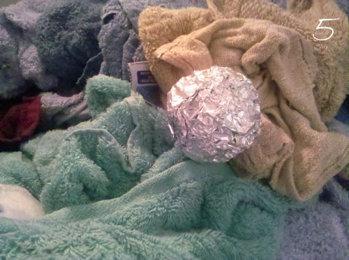 Aluminium foil balls reduce static in dryerDrier Sheet, Ball Reduce, Foil Ball, Helpful Hints, Cleaning Ideas, Diy Tips, Homemade Laundry Detergent, Dryer Sheet, Aluminium Foil