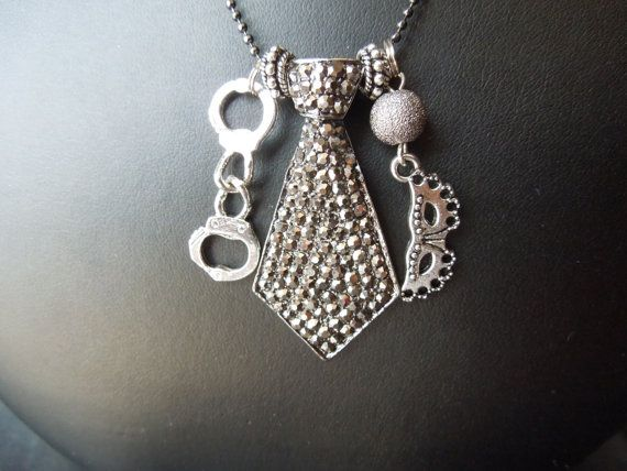 Who loves this!! #FiftyShades @50ShadesSource www.facebook.com/FiftyShadesSource