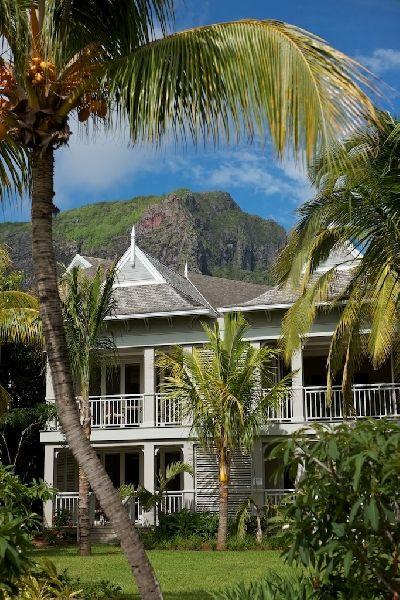 Отель The St. Regis Mauritius Resort 5*luxe 5* (Маврикий). Описание, расположение, фотографии, отдых и туры в отель The St. Regis Mauritius Resort 5*luxe 5* в 2014 году от туроператора АРТ-ТУР