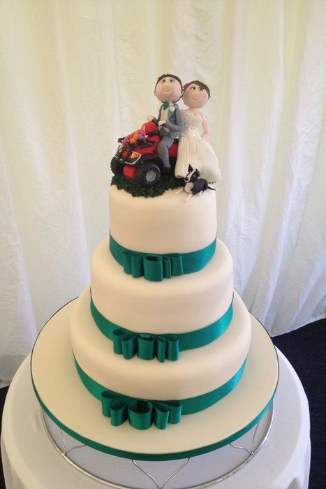 Bride and groom riding quad bike wedding cake- my dream cake topper. I could even make it myself out of polymer clay!