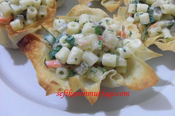 Makarna Salatası #salatatarifleri #salad #makarna #macaroni #recipes http://sefikaninmutfagi.com/makarna-salatasi/
