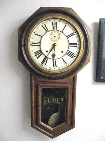 ANTIQUE ANSONIA OCTAGON REGULATOR A SCHOOL CLOCK C.1901 Ansonia Clock Co.,  Regulator A , 8-day time/strike long drop octagon school clock. Condition: Working condition. Original movement is marked as