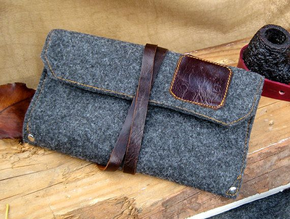 Grey Flannel & Leather Pipe and Tobacco Pouch by SorringowlandSons