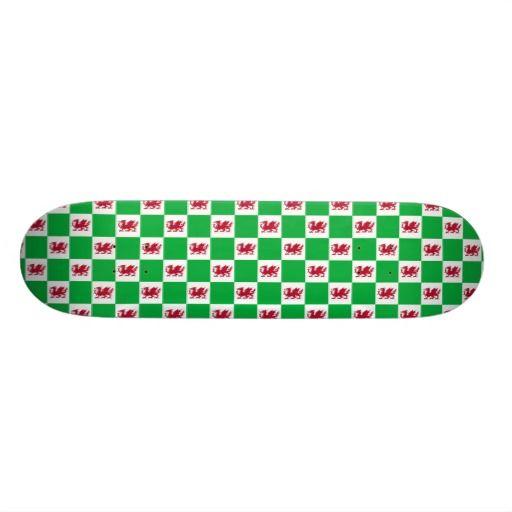 Welsh dragon pattern skate boards