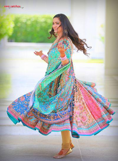 mehendi lehenga, twirling lehenga, twirling bride, printed lehenga, sea colors…