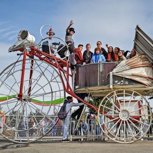 Looking for fun ways to spend a day with kids in Calgary? Here is a comprehensive list of almost every single fun family activity to be enjoyed in Calgary and area. Re-discover Calgary through the eyes of a child!