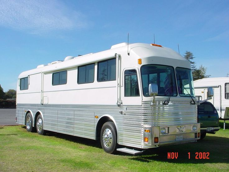 Eagle bus coach rv buses entertainer coaches Silver eagle motor coach