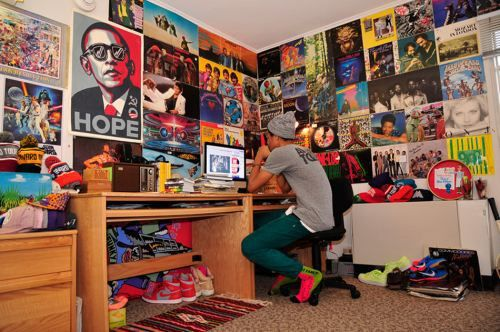Could be fun to surround every inch of wall space in my room with my prints, posters, records, etc etc.